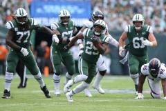 Bilal Powell and the NY Jets offensive line
